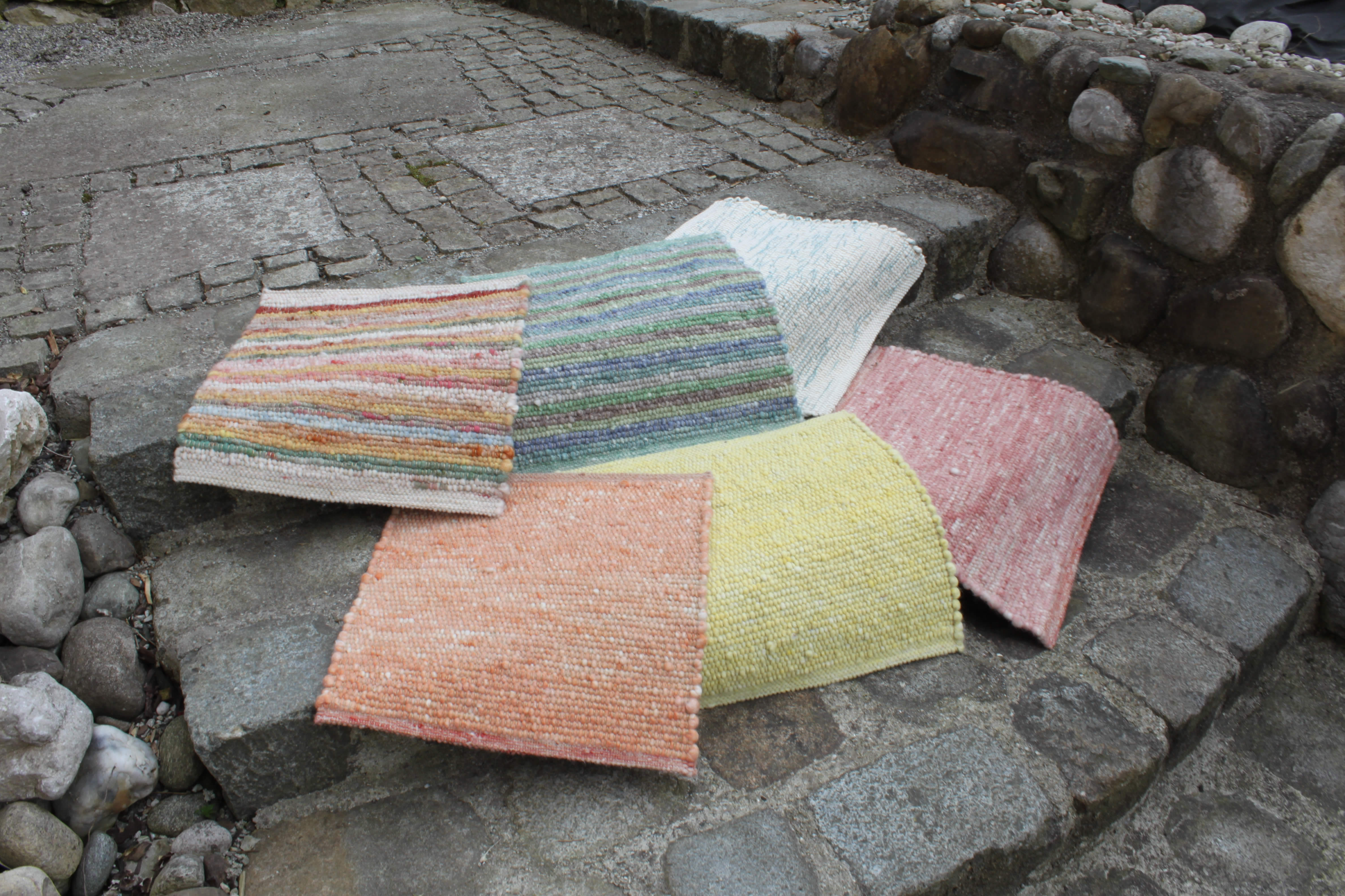 Sitzunterlagen aus Schurwolle Arschlwärmer